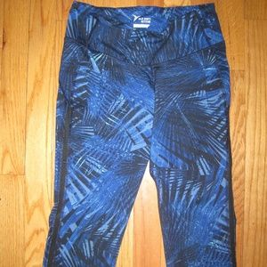 OLD NAVY ACTIVE Go-Dry Crops sz. S